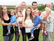 Egy év alatt négy gyermeket szült a brit asszony