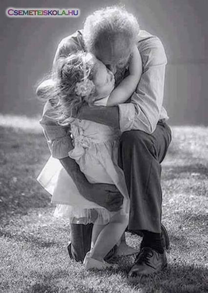 Nagyapa óv, véd, szeret