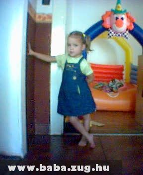 4 évesen