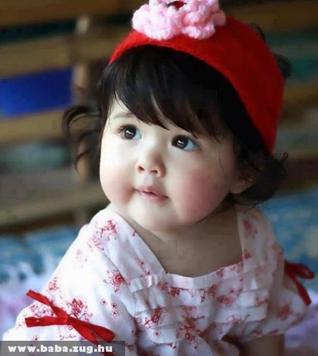 Hajpántos kislány