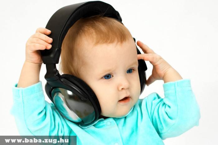 Zeneszeretet a kezdetektõl