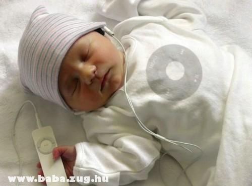 Zenehallgatás alvás közben